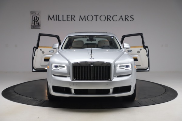 Used 2018 Rolls-Royce Ghost for sale $249,900 at Aston Martin of Greenwich in Greenwich CT 06830 13