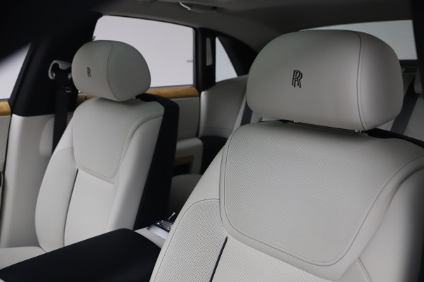 Used 2018 Rolls-Royce Ghost for sale $249,900 at Aston Martin of Greenwich in Greenwich CT 06830 14