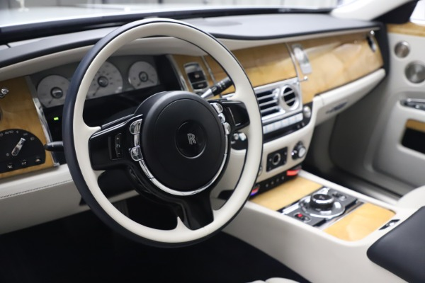 Used 2018 Rolls-Royce Ghost for sale $249,900 at Aston Martin of Greenwich in Greenwich CT 06830 16