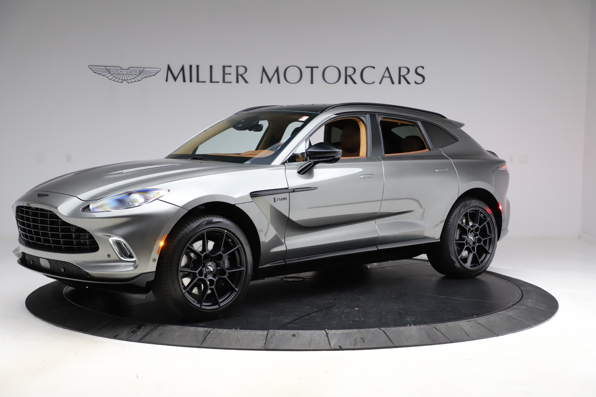 New 2021 Aston Martin DBX for sale $226,136 at Aston Martin of Greenwich in Greenwich CT 06830 1