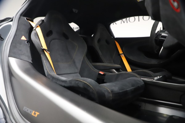 Used 2019 McLaren 600LT Coupe for sale $229,900 at Aston Martin of Greenwich in Greenwich CT 06830 19