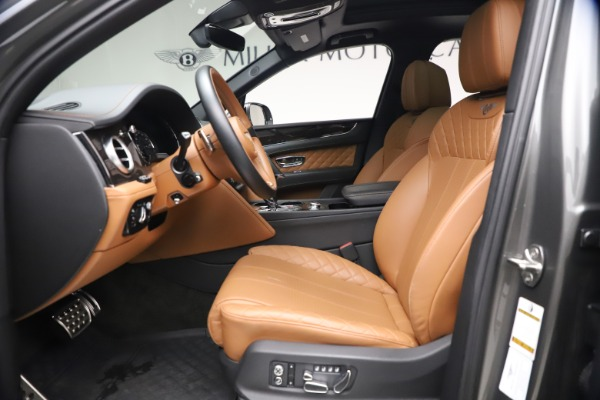 Used 2018 Bentley Bentayga W12 for sale $156,900 at Aston Martin of Greenwich in Greenwich CT 06830 20