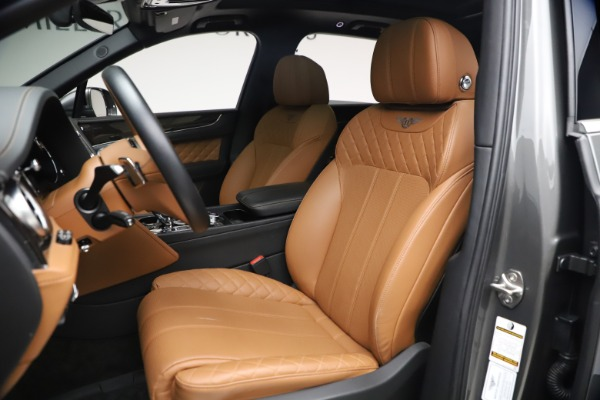 Used 2018 Bentley Bentayga W12 for sale $156,900 at Aston Martin of Greenwich in Greenwich CT 06830 21