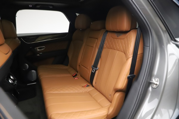 Used 2018 Bentley Bentayga W12 for sale $156,900 at Aston Martin of Greenwich in Greenwich CT 06830 24