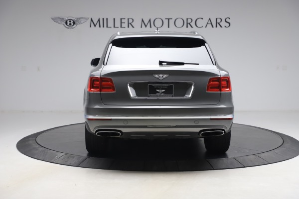 Used 2018 Bentley Bentayga W12 for sale $156,900 at Aston Martin of Greenwich in Greenwich CT 06830 6