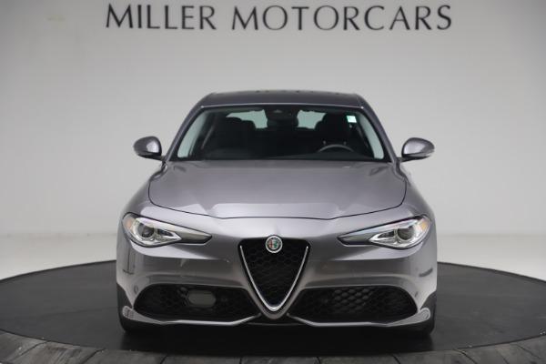 Used 2017 Alfa Romeo Giulia Ti Sport for sale $26,900 at Aston Martin of Greenwich in Greenwich CT 06830 13