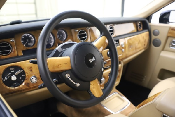 Used 2006 Rolls-Royce Phantom for sale $109,900 at Aston Martin of Greenwich in Greenwich CT 06830 20