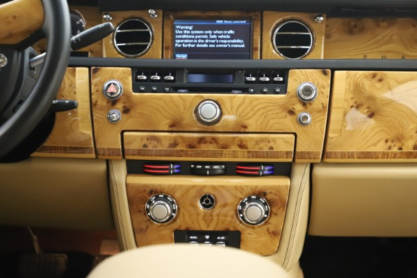 Used 2006 Rolls-Royce Phantom for sale $109,900 at Aston Martin of Greenwich in Greenwich CT 06830 26