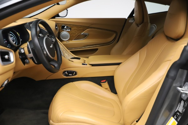 Used 2017 Aston Martin DB11 V12 Coupe for sale $149,900 at Aston Martin of Greenwich in Greenwich CT 06830 14