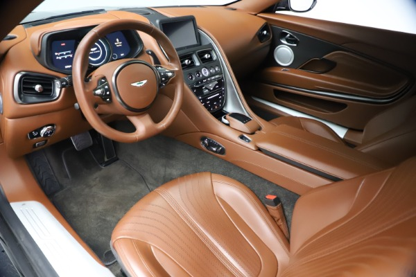 Used 2017 Aston Martin DB11 V12 Coupe for sale $134,900 at Aston Martin of Greenwich in Greenwich CT 06830 13
