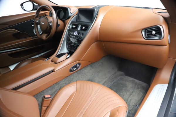 Used 2017 Aston Martin DB11 V12 Coupe for sale $134,900 at Aston Martin of Greenwich in Greenwich CT 06830 19