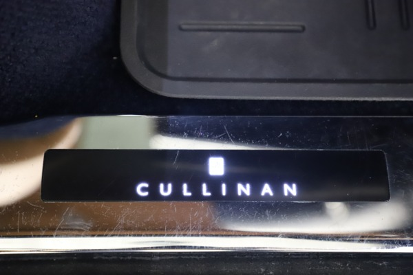 Used 2019 Rolls-Royce Cullinan for sale Sold at Aston Martin of Greenwich in Greenwich CT 06830 26