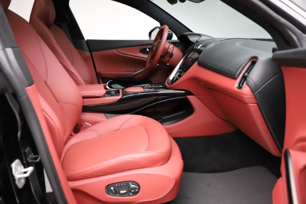 New 2021 Aston Martin DBX for sale $200,986 at Aston Martin of Greenwich in Greenwich CT 06830 20