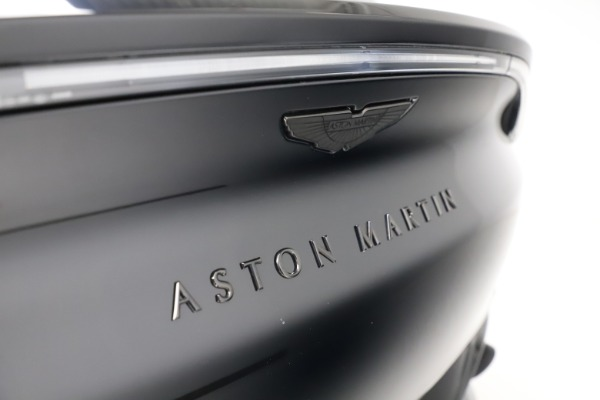 New 2021 Aston Martin DBX for sale $200,986 at Aston Martin of Greenwich in Greenwich CT 06830 22