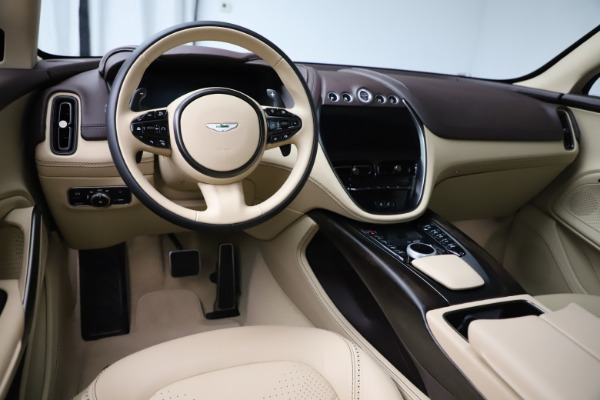 New 2021 Aston Martin DBX for sale $215,386 at Aston Martin of Greenwich in Greenwich CT 06830 13