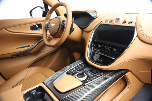 New 2021 Aston Martin DBX for sale $264,386 at Aston Martin of Greenwich in Greenwich CT 06830 20