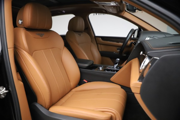 Used 2018 Bentley Bentayga Onyx Edition for sale $147,900 at Aston Martin of Greenwich in Greenwich CT 06830 22