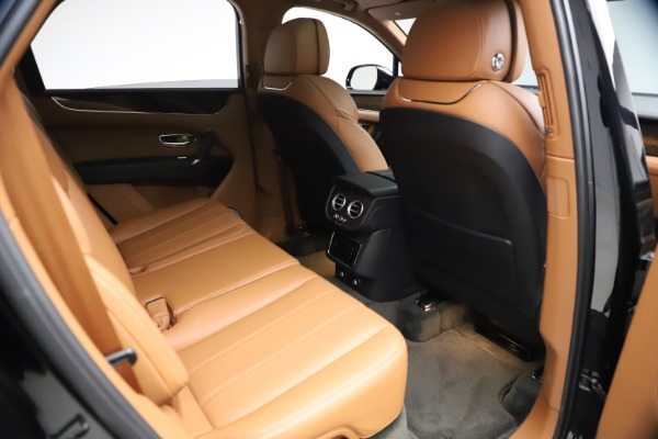 Used 2018 Bentley Bentayga Onyx Edition for sale $147,900 at Aston Martin of Greenwich in Greenwich CT 06830 23