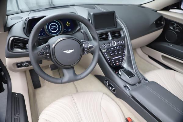 New 2021 Aston Martin DB11 Volante Convertible for sale $270,386 at Aston Martin of Greenwich in Greenwich CT 06830 19