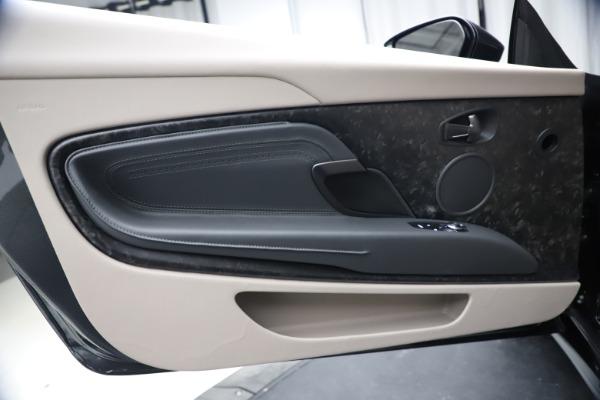 New 2021 Aston Martin DB11 Volante Convertible for sale $270,386 at Aston Martin of Greenwich in Greenwich CT 06830 22