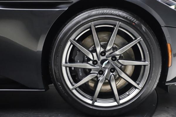 New 2021 Aston Martin DB11 Volante Convertible for sale $270,386 at Aston Martin of Greenwich in Greenwich CT 06830 26