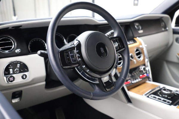 Used 2019 Rolls-Royce Cullinan for sale $349,900 at Aston Martin of Greenwich in Greenwich CT 06830 13