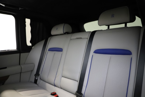 Used 2019 Rolls-Royce Cullinan for sale $349,900 at Aston Martin of Greenwich in Greenwich CT 06830 18