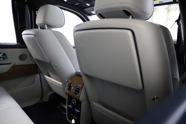 Used 2019 Rolls-Royce Cullinan for sale $349,900 at Aston Martin of Greenwich in Greenwich CT 06830 20