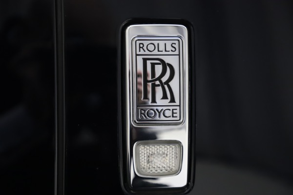 Used 2019 Rolls-Royce Cullinan for sale $349,900 at Aston Martin of Greenwich in Greenwich CT 06830 24