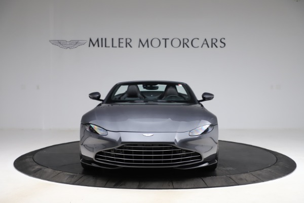 New 2021 Aston Martin Vantage Roadster Convertible for sale Sold at Aston Martin of Greenwich in Greenwich CT 06830 11
