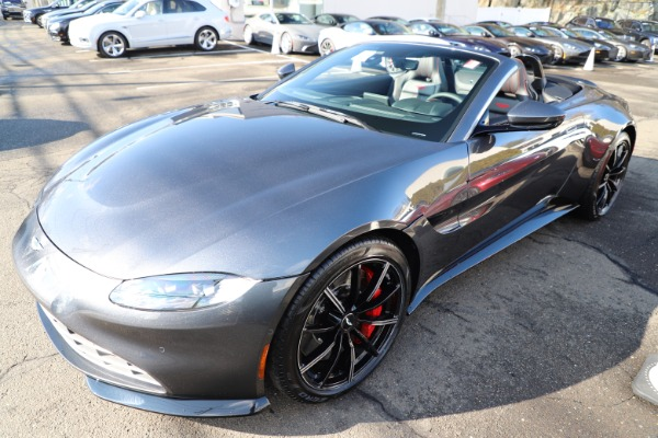 New 2021 Aston Martin Vantage Roadster Convertible for sale Sold at Aston Martin of Greenwich in Greenwich CT 06830 28