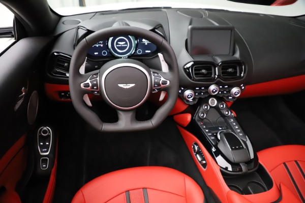 New 2021 Aston Martin Vantage Roadster Convertible for sale $189,186 at Aston Martin of Greenwich in Greenwich CT 06830 17