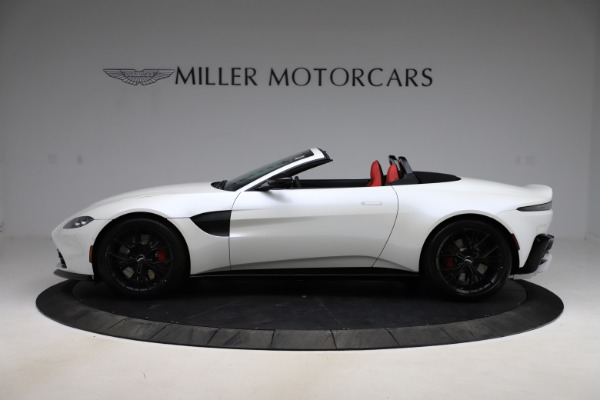 New 2021 Aston Martin Vantage Roadster Convertible for sale $189,186 at Aston Martin of Greenwich in Greenwich CT 06830 2