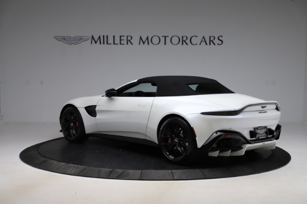 New 2021 Aston Martin Vantage Roadster Convertible for sale $189,186 at Aston Martin of Greenwich in Greenwich CT 06830 23