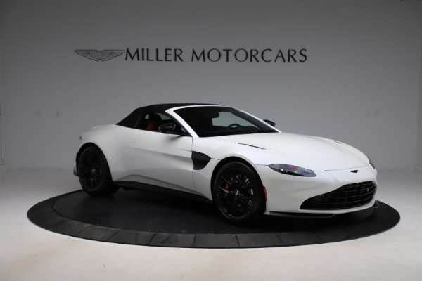 New 2021 Aston Martin Vantage Roadster Convertible for sale $189,186 at Aston Martin of Greenwich in Greenwich CT 06830 26