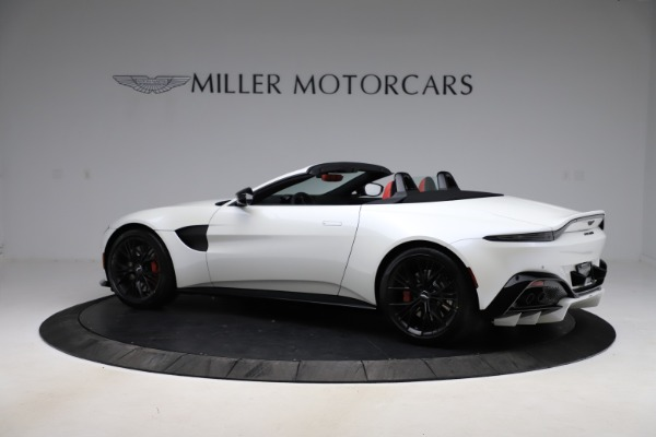 New 2021 Aston Martin Vantage Roadster Convertible for sale $189,186 at Aston Martin of Greenwich in Greenwich CT 06830 3