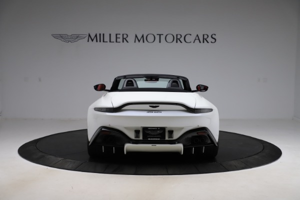 New 2021 Aston Martin Vantage Roadster Convertible for sale $189,186 at Aston Martin of Greenwich in Greenwich CT 06830 5