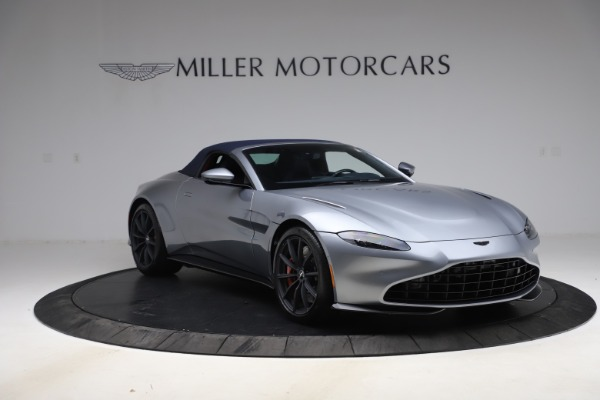 New 2021 Aston Martin Vantage Roadster Convertible for sale Sold at Aston Martin of Greenwich in Greenwich CT 06830 20