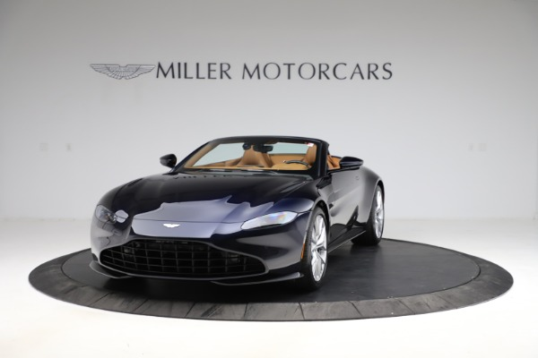 New 2021 Aston Martin Vantage Roadster Convertible for sale $205,686 at Aston Martin of Greenwich in Greenwich CT 06830 12