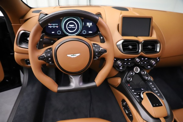 New 2021 Aston Martin Vantage Roadster Convertible for sale $205,686 at Aston Martin of Greenwich in Greenwich CT 06830 17