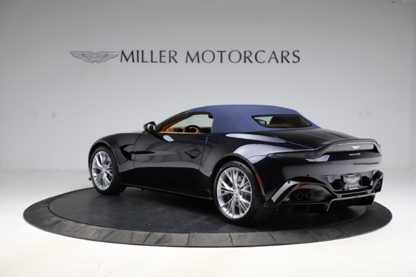 New 2021 Aston Martin Vantage Roadster Convertible for sale $205,686 at Aston Martin of Greenwich in Greenwich CT 06830 26