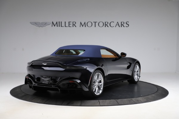 New 2021 Aston Martin Vantage Roadster Convertible for sale $205,686 at Aston Martin of Greenwich in Greenwich CT 06830 27