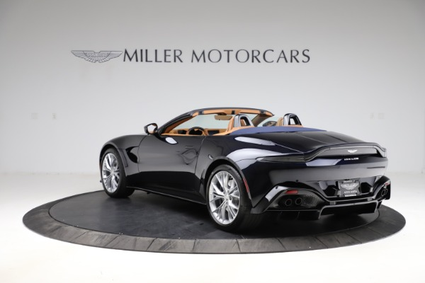 New 2021 Aston Martin Vantage Roadster Convertible for sale $205,686 at Aston Martin of Greenwich in Greenwich CT 06830 4