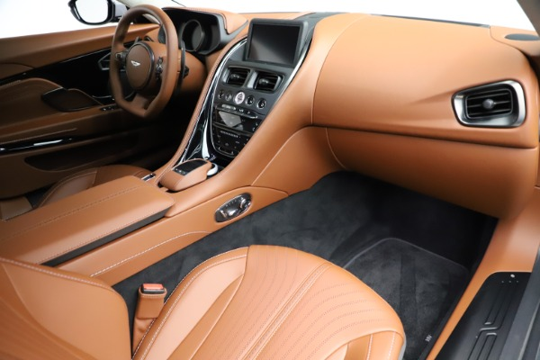 New 2020 Aston Martin DB11 V12 AMR for sale $263,561 at Aston Martin of Greenwich in Greenwich CT 06830 19