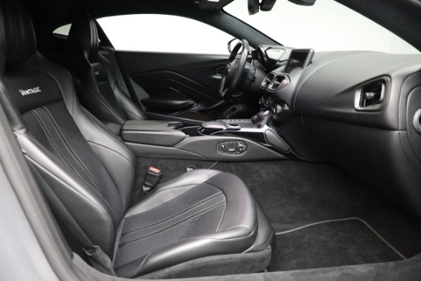 Used 2019 Aston Martin Vantage for sale $129,900 at Aston Martin of Greenwich in Greenwich CT 06830 17