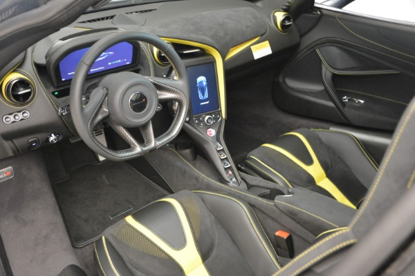Used 2018 McLaren 720S Performance for sale $234,900 at Aston Martin of Greenwich in Greenwich CT 06830 18
