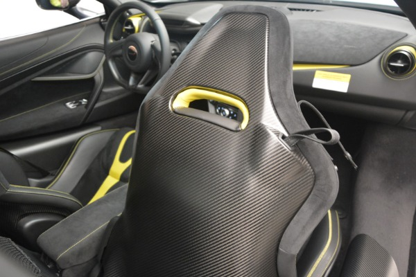 Used 2018 McLaren 720S Performance for sale $234,900 at Aston Martin of Greenwich in Greenwich CT 06830 27