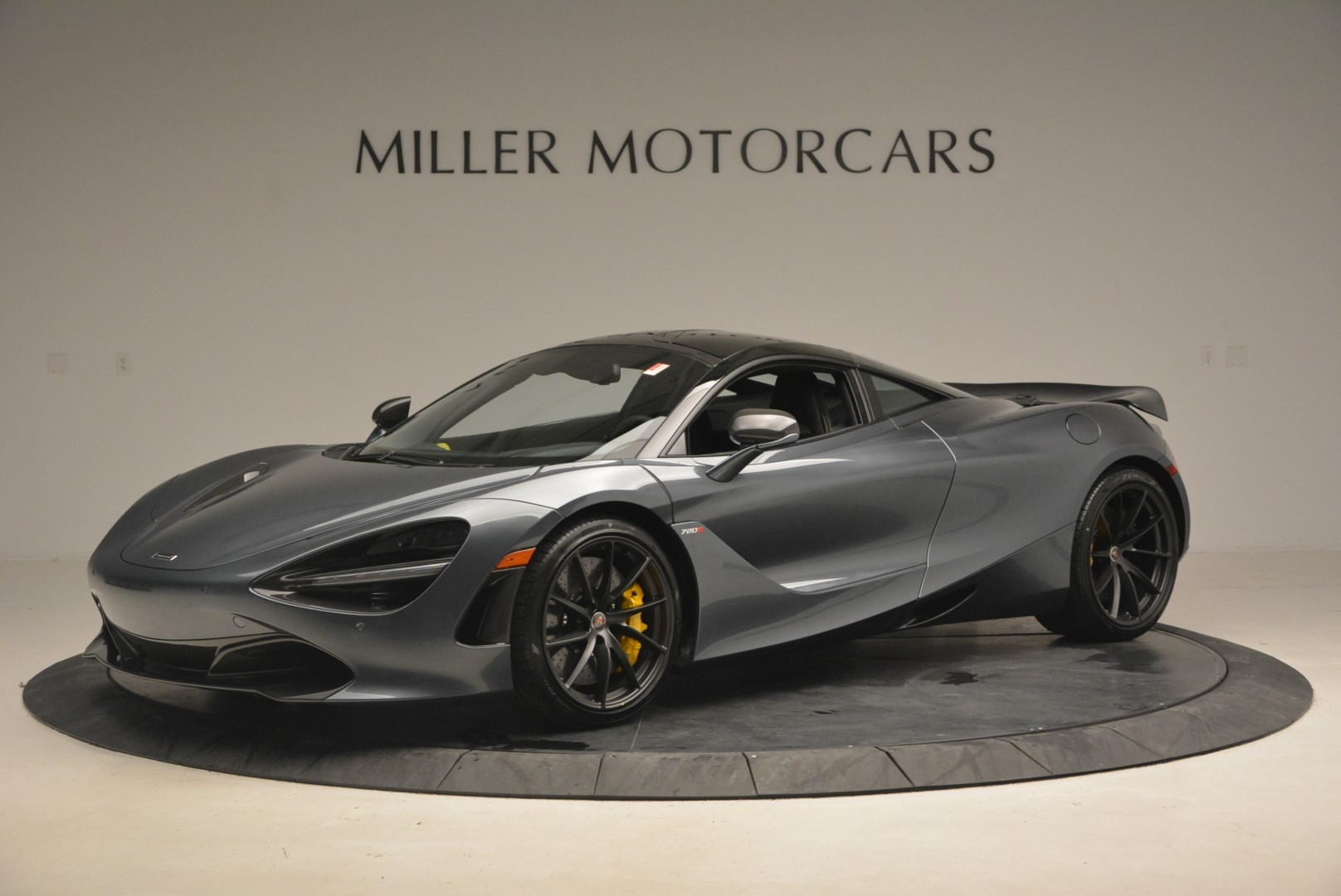 Used 2018 McLaren 720S Performance for sale $234,900 at Aston Martin of Greenwich in Greenwich CT 06830 1