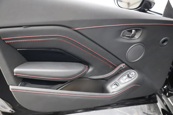 New 2021 Aston Martin Vantage Roadster Convertible for sale $189,186 at Aston Martin of Greenwich in Greenwich CT 06830 16