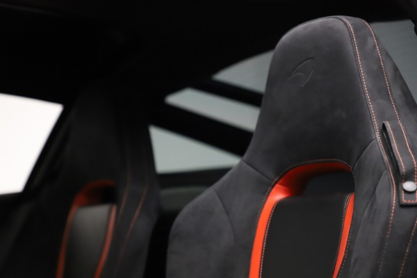 Used 2018 McLaren 720S Performance for sale $239,900 at Aston Martin of Greenwich in Greenwich CT 06830 19